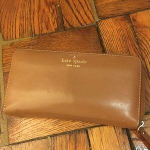 Kate Spade camel leather zip wallet